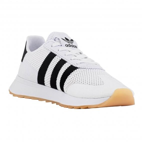بهترین کفش اسپرت مناسب پیاده روی کلاسیک فلش بک ادیداس   اورجینال پل