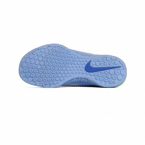 زیره کفش نایک متکون2 از جنس لاستیک آبی اج دار و شیار دار با درج لوگوی تیک Nike آبی تیره بر آن
