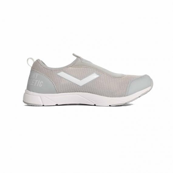 کتونی بدون بند و جورابی شکل پونی به رنگ طوسی روشن مناسب راه رفتن های طولانی بسیار راحت با قیمت مناسب نمای داخل پای چپ