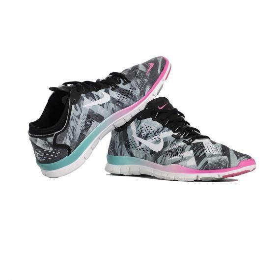 خرید آنلاین کفش اسپرت دخترانه سبک و راحت نایک