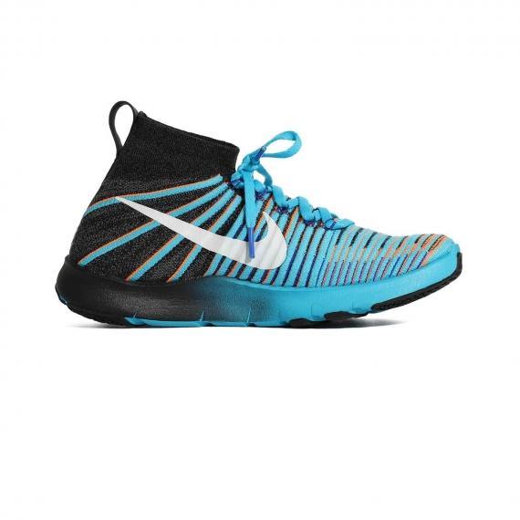 کتانی بدنسازی و ورزشهای سنگین آبی با فناوری نایک فیری برای محافظت از پا از نمای داخل پای چپ