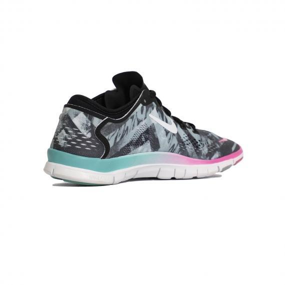 خرید پرفروش ترین کفش زنانه اصل نایک مخصوص پیاده روی روزمره