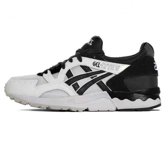 خرید و قیمت کفش اسپرت پسرانه ورزشی برند اسیکس با بهترین قیمت Asics