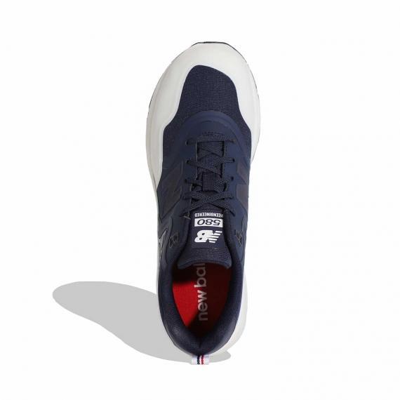کفش مخصوص دویدن مردانه نیو بالانس با رویه سورمهای و لاستیک سفید دارای بندهای سورمه ای و پارچه داخلی قرمز