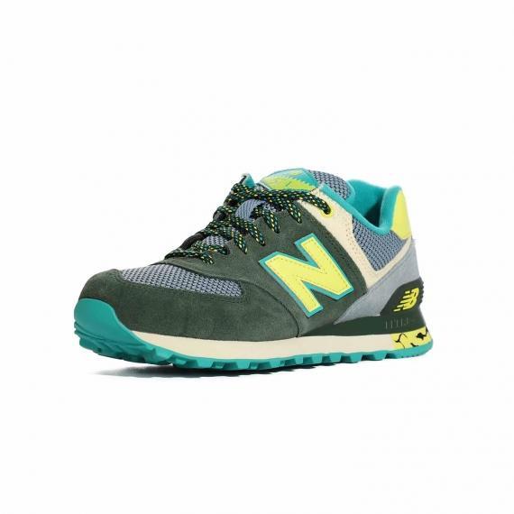 کفش زنانه پیاده روی سبز زرد و طوسی با زیره طبی نرم و راحت و رویه سبک از نمای 3رخ جلو پا چپ