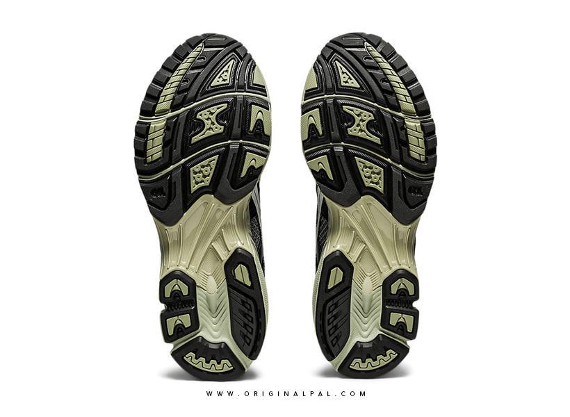 زیره ی کفش آسیکس با تکنولوژی gel و trussti
