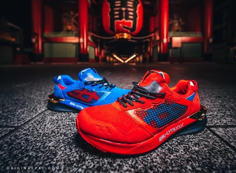دو مدل کفش های جدید اسیکس به رنگ قرمز و آبی روی زمین