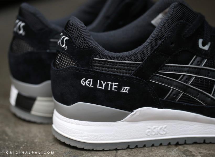 کفش اورجینال اسیکس مشکی سفید با زیره سفید